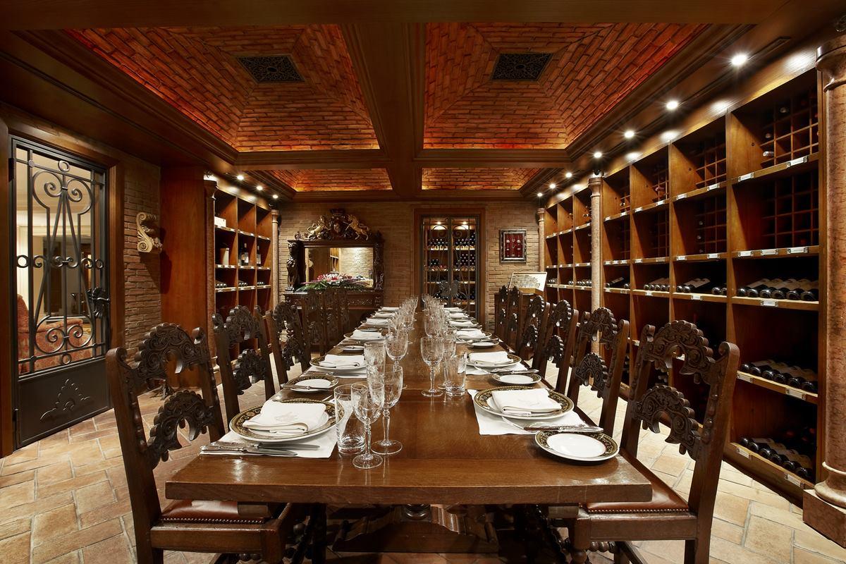 Hotel Grande Bretagne Restaurants